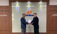 Jae-Geun Kwon, Representative Director, PanStar TechSolution Co.,Ltd. (left) and Woo Ho Yoo, General Manager, Services, Wärtsilä Korea,  (Photo: Wärtsilä)