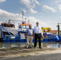 Abdullah A. Natheer, Chairman of Murjan Al-Sharq Marine Services, with Chris Clark, Vice President, Murjan Al-Sharq Marine Services (Photo: Damen)