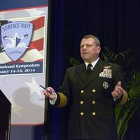 Adm. Bill Gortney, commander of U.S. Fleet Forces (USFF), leads a discussion about the Optimized Fleet Response Plan (O-FRP) at the 26th annual Surface Navy Association Symposium (SNA) (U.S. Navy photo by Capt. Jane Campbell)
