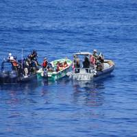 Anti-Piracy exercise in progress in the Sychelles. (image: EUCAP Nestor and EU Naval Force)
