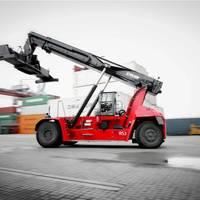 Kalmar Gloria reachstacker featuring K-Motion drive train