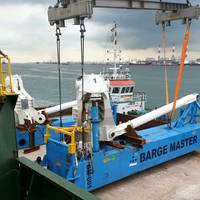 BM-t700 arrives in Singapore (Photo: Barge Master)