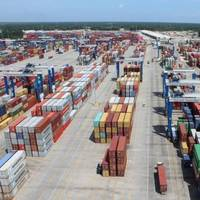 Cranes at Wando Welch Terminal will be upgraded with high performing, environmentally friendly engines. (Photo/English Purcell/S.C. Ports Authority)