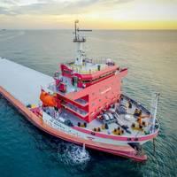 Deck carrier MV Vir Varenya (Photo: United Heavy Lift)
