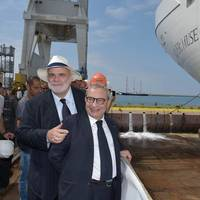 Silversea Chairman Manfredi Lefebvre d'Ovidio with Fincantieri CEO Giuseppe Bono at the launch of Silver Muse in 2016 (Photo: Fincantieri)