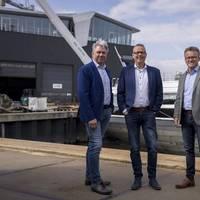 From left to right: Gerard Deen, Inland Navigation Entrepreneur, Deen Shipping Group; Tom Boerema, Director, Shipping Technology; and Leendert-Jan Visser, Director, Comfort Vermogensbeheer (Photo: Concordia Damen)