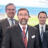 From left to right: Jan Tellkamp, Expert LNG bunkering and smallscale LNG Europe at DNV GL – Maritime, Torsten Schramm, President DNV GL – Maritime, Karsten Schönewald, Head of Fleet Management at the HPA, Claudia Flecken, Member of the HPA Executive Board, Merten Stein, Head of Shipping Advisory at DNV GL – Maritime, and Lea-Valeska Giebel, Expert External Relations and Public Affairs at DNV GL. Photo by  DNV GL