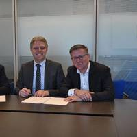 From left to right: Wil Versteijnen (BTT), Emile Hoogsteden (Port of Rotterdam) and Luc Smits (CCT). Photo: Port of Rotterdam Authority