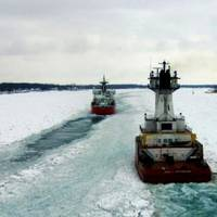 Great Lakes icebreaking: Photo courtesy of the Algoway crew/USCG