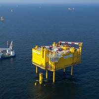 HelWin1 offshore platform: Photo courtesy of Siemens