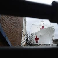 Hospital ship USNS Comfort (T-AH 20) at Pier 90 in New York. (U.S. Navy photo by Adelola Tinubu)