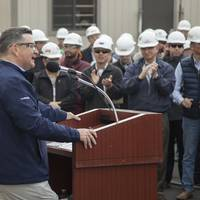 Kevin Graney, President of General Dynamics NASSCO, addresses a crowd of shipbuilders as the company commissioned a new panel line in the San Diego shipyard January 11, 2019. Photo: General Dynamics NASSCO