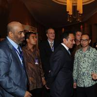 Khamis Juma Buamim with HE Boediono, Vice-President of the Republic of Indonesia.
