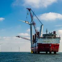 Last Turbine Placed: Photo courtesy of Siemens