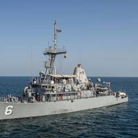 Mine countermeasure ship USS Devastator (MCM 6) (U.S. Navy photo by Corbin J. Shea)