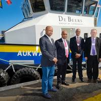 Mr Sithembiso Mthethwa (Director, SMIT Amandla Marine), Mr Sam Montsi (Chairman, Damen Shipyards Cape Town), Mr Paul Maclons (Managing Director, SMIT Amandla Marine), Dr Rob Davies (Minister of Trade & Industry, South Afric