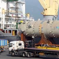 MV REGINE loads a 768ts Acid Gas Removal Unit in Masan