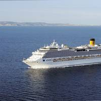 new flagship Costa Fascinosa (114,500 gross tonnage and 3,800 total Guests)