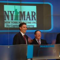 New York Maritime Inc. president Peter Shaerf (center).