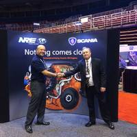 On the IMX tradeshow floor: Scania USA Sales Manager (Marine) Al Alcala and MarineNews Editor Joseph Keefe this week got together to discuss current trends in propulsion.