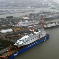 Photo: Lloyd Werft