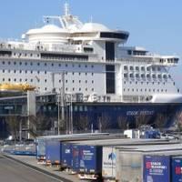 Photos courtesy: Port of Kiel