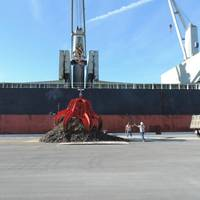 Port Canaveral Scrap Terminal loads the Grikos, its first vessel of export scrap from Canaveral. (Photo credit: Port Canaveral)