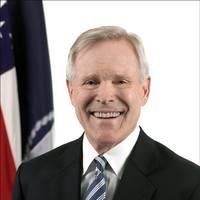 Ray Mabus (Photo: U.S. Navy)