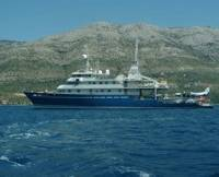 Research Ship 'Golden Shadow' : Photo credit Living Oceans