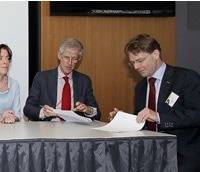 Rotterdam Bunker Suppliers Sign Up: Photo credit Port of Rotterdam