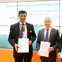 Sanjay Verma, Wärtsilä; Jim Smith, Lloyd's Register; and Zhao Zhijian, CHI with the Natural Gas Operating Fleet concept's AiP Certification (Photo: Wärtsilä)