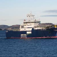 Sealink enables Simon Møkster Shipping to use Lync across its fleet.