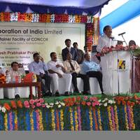 Shri Suresh Prabhu and Shri Venkaiah Naidu at the inauguration ceremony of the Port Side Container facility at the Krishnapatnam Port premise.  (Photo: KPCL)