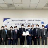 The AiP was awarded in the presence of Hyun-Jo Kim, Managing Director, SHI (center left) and Young-Doo Kim, North East Asia TSO Manager, LR (center right). (Photo: Lloyd's Register)