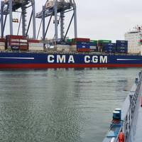 The CMA CGM refueling operation (CREDIT: GoodFuels Marine