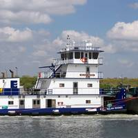 The Nolan Rhodes, from the John Bludworth yard, on the job for Enterprise Marine Services near Channelview Texas. (Photo by Jeff L. Yates courtesy of Cummins Marine)