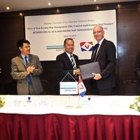 The signing ceremony. (DNV GL)