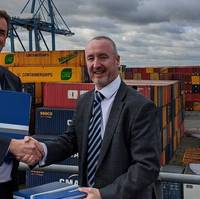 The signing ceremony took place in Tilbury Docks, UK on February 26. Representing Damen was Area Director Frank de Lange, while Forth Ports was represented by COO Stuart Wallace. (Photo: Damen)