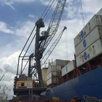 Three LHM 420s have been handling containers in Guatemala since 2014.