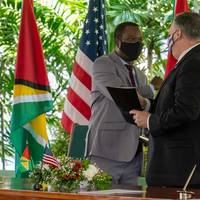 U.S. Secretary of State Mike Pompeo with Guyanese President Irfaan Ali (Photo: Secretary Pompeo / Twitter)