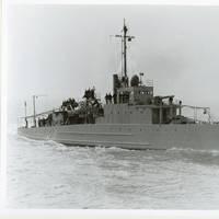 USS Eagle 2 (PE-2) on builder's trials in 1918. U.S. Navy photo.