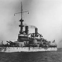 USS Indiana (U.S. Naval Historical Center Photograph.)