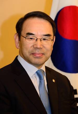 Dr. B. S. Park ( Photo: Korean Register)