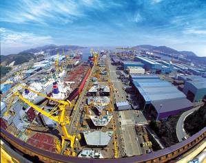 Okpo Shipyard of Daewoo Shipbuilding & Marine Engineering (Photo: Visit Korea)