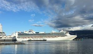 Star Princess at Canada Place (Photo: Port Metro Vancouver)