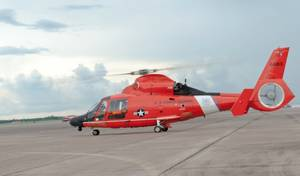 An Air Station Houston MH-65 Dolphin helicopter (File photo: Jennifer A. Nease / U.S. Coast Guard)