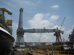 5000mt Offshore Mast Crane web.jpg