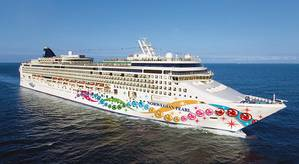Norwegian Pearl (Photo: Norwegian Cruise Line)