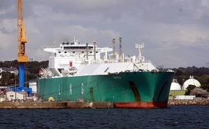LNG Carrier: Photo credit Wikimedia CCL Rana
