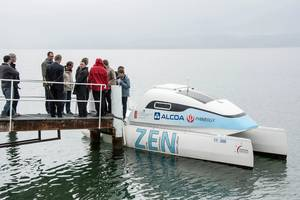 The vessel - Hydroxy 3000 - is a typical electrical lake vessel for private use by consumers. Together with Heig University, this vessel has been adapted to the new aluminum-air battery technology.